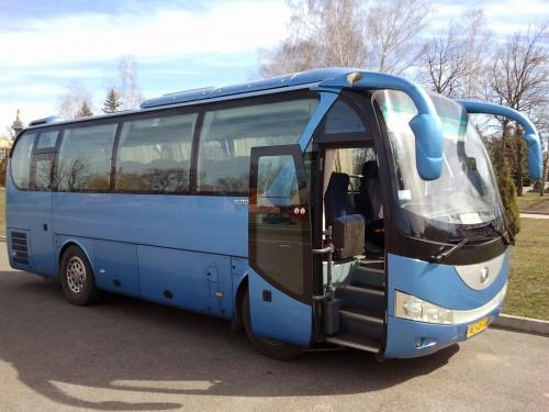 Автобусом на гастроли
